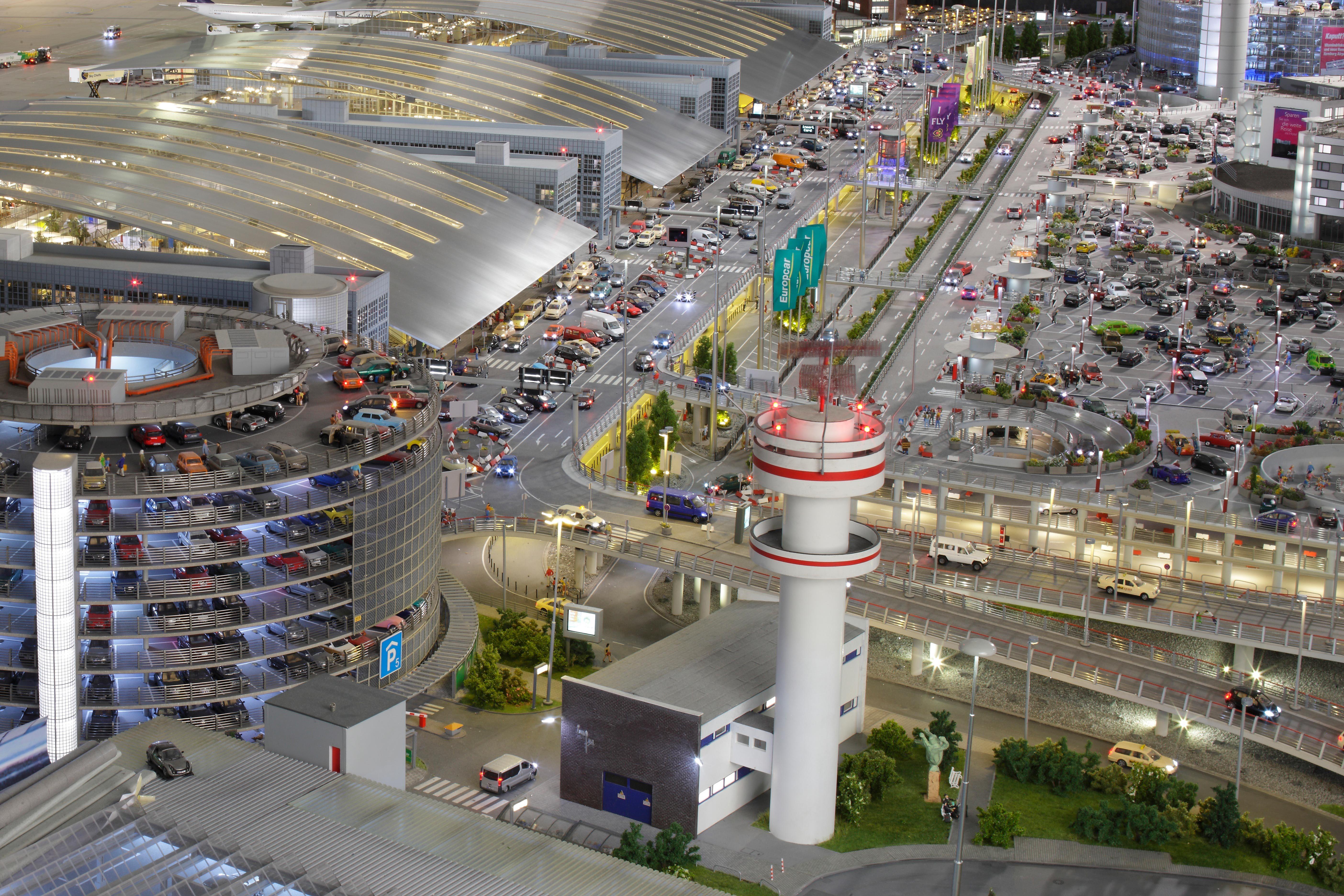 Miniatur Wunderland Hamburg | Knuffingen Airport